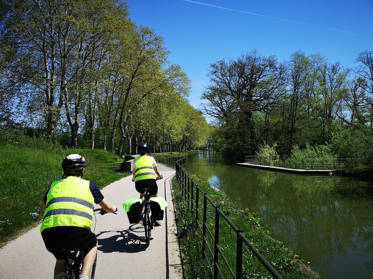 Riding bikes along the The Canal du Midi