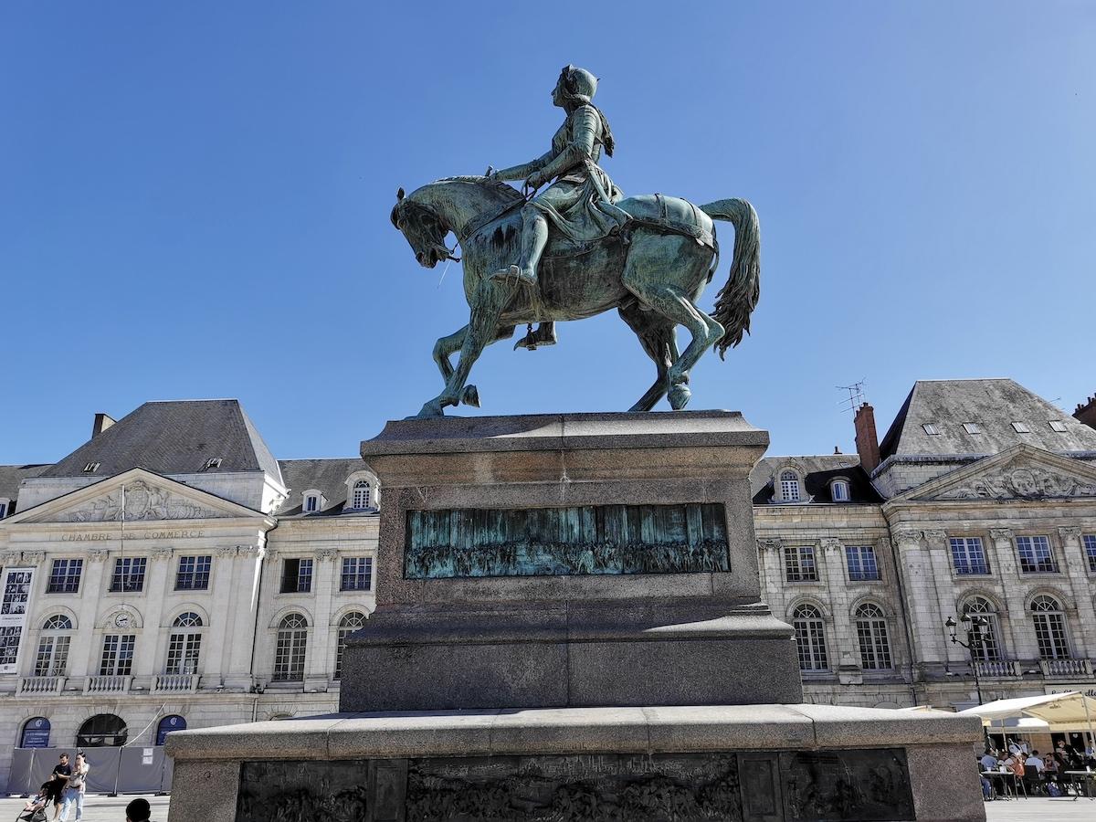 Joan of Arc Jeanne d'Arc statue Orléans
